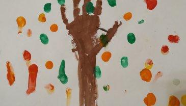 Отчёт по занятию Нарисуйте с малышом листопад в Wachanga!