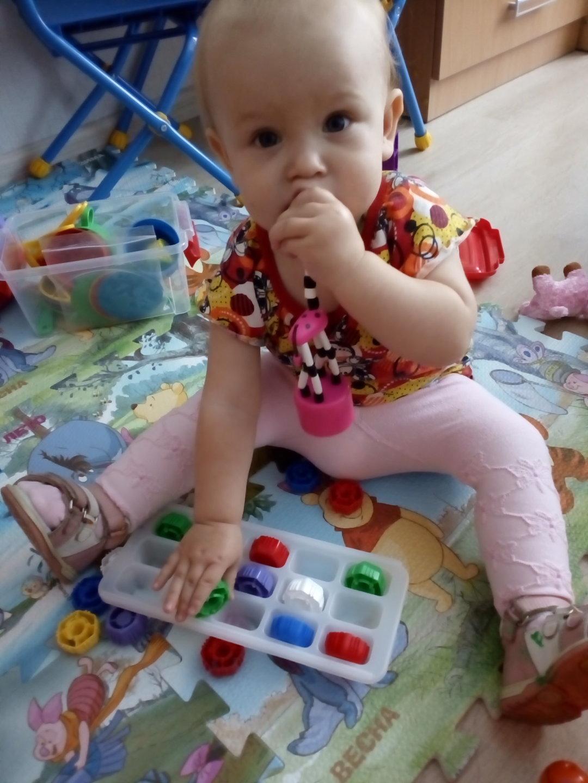 Отчёт по занятию Предложите малышу поиграть с формочками для льда! в Wachanga!