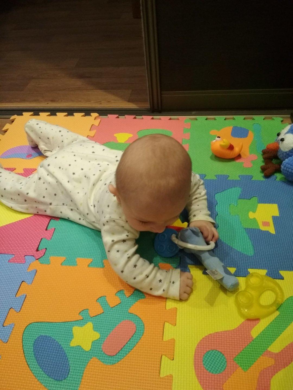 Отчёт по занятию Поиграйте вместе с малышом на полу в Wachanga!