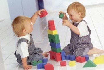 Как играть с ребенком в 11 месяцев