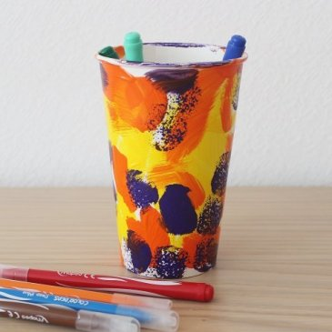 Make a pencil stand