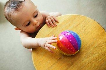 Что может ребенок в одиннадцать месяцев