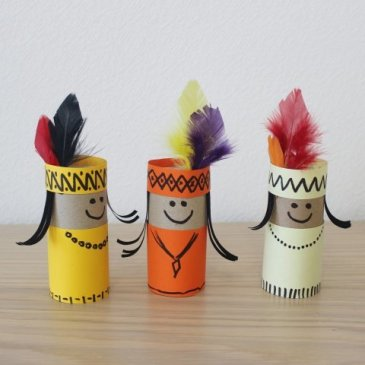 Make Indians out of paper with your kid