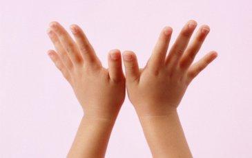 Как проводить пальчиковые игры