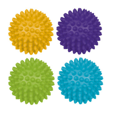 Поиграйте с массажными мячиками