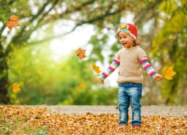 "Arrange a ""color"" walk with your kid"