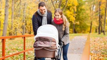 Прогулки с новорождённым малышом