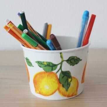 """Подставка для карандашей в технике """"декупаж"""""""