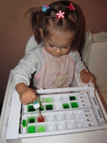 Offer your kid to play with a pipette