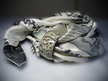Игры с браслетом и шарфом