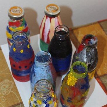 Декорируем бутылки акриловыми красками