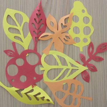 Fall crafts out of colored paper