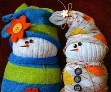 Snowmen of socks