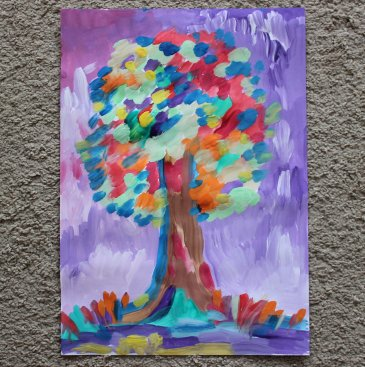 Offer your kid to paint an autumn tree