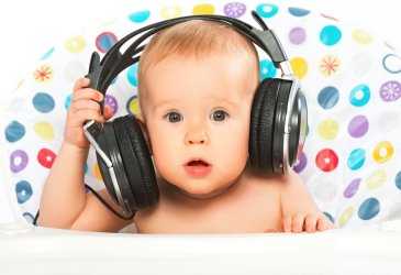 Teach your baby to dance to the music