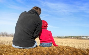Как помочь отцу установить эмоциональную связь с ребёнком