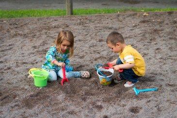 Правила поведения на детской площадке