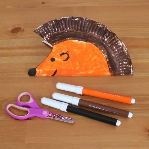 Hedgehog out of a disposable plate