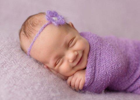 Организуйте профессиональную фотосессию для новорожденного