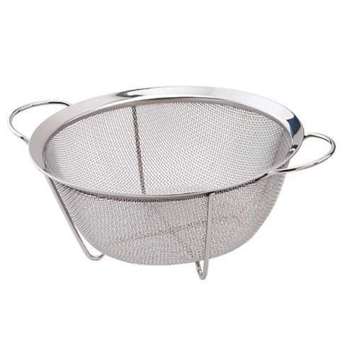Play with a sieve