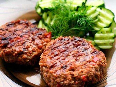 Полезные рецепты для кормящей мамы: «Рубленый бифштекс»