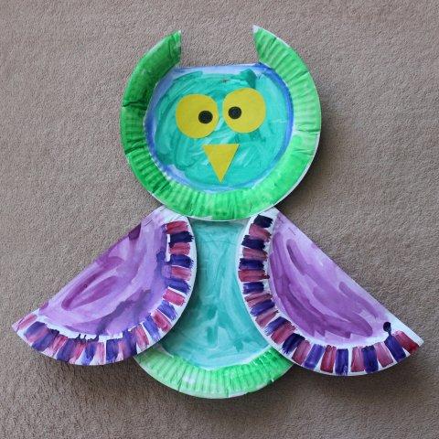 как сделать вместе с ребенком сову из картонных тарелок