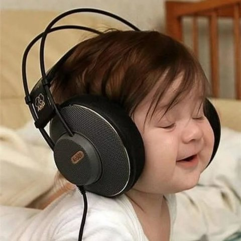 Listen to classical music with your kid!