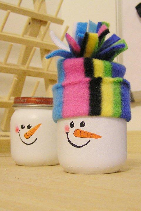 Веселые снеговички