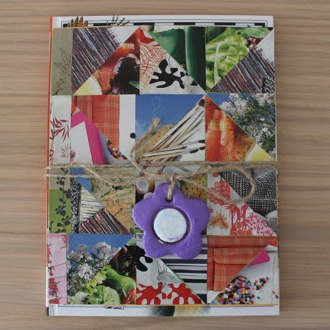 Decorate he cover of notebook or notepad with your kid