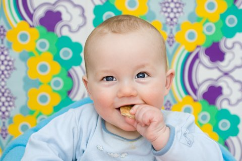 Eating without Mom's help