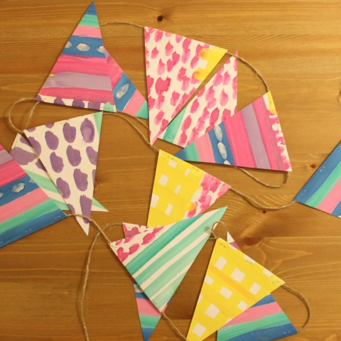 Activity picture for Holiday paper flags in Wachanga