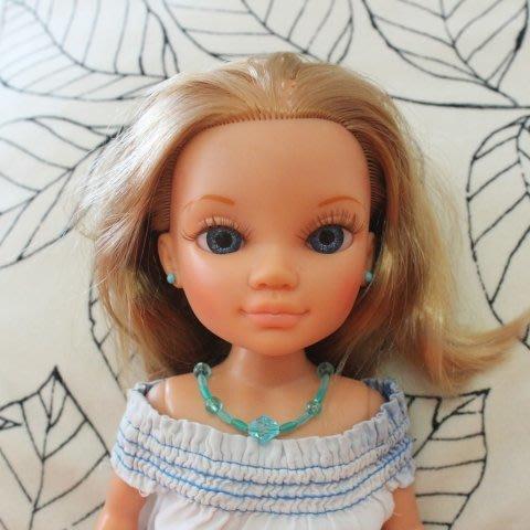 Сделайте вместе с дочкой бусы для куклы