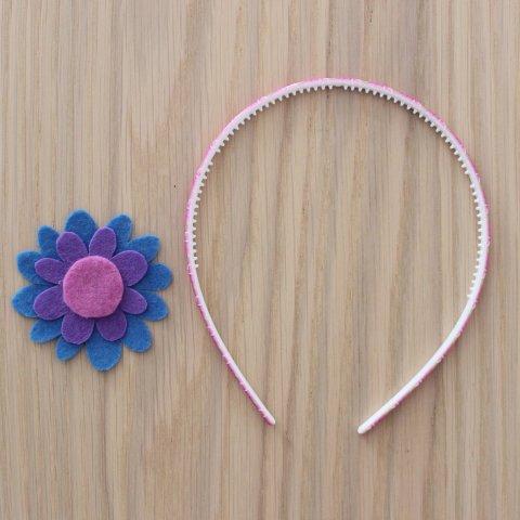 Headband with a flower