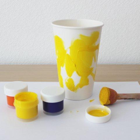 разноцветная подставка для карандашей и фломастеров своими руками