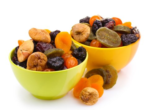Dried fruits for breastfeeding Moms