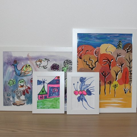 Activity picture for Decorate the room with your child's drawings in Wachanga