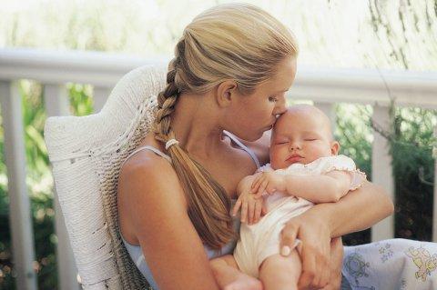 Организуйте фотосессию для малыша и мамы