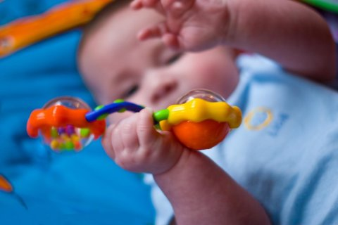 Make a double rattle for your baby