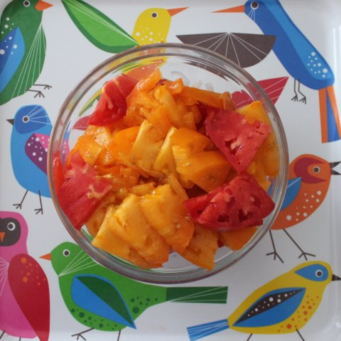 Activity picture for Cook with your kid a salad of multicolored tomatoes in Wachanga
