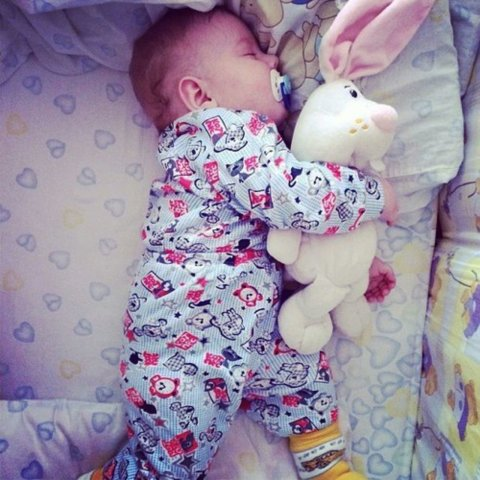 Sing your little one bedtime songs