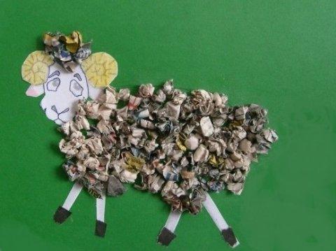 "Applique ""The Lamb"" using old magazines"