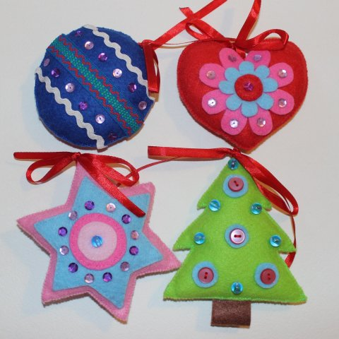 Activity picture for Sew Christmas ornaments with your kid in Wachanga