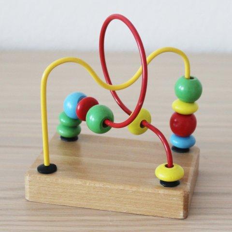 Картинка к занятию Предложите малышу поиграть с лабиринтом в Wachanga