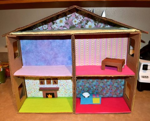 Make a house for toys