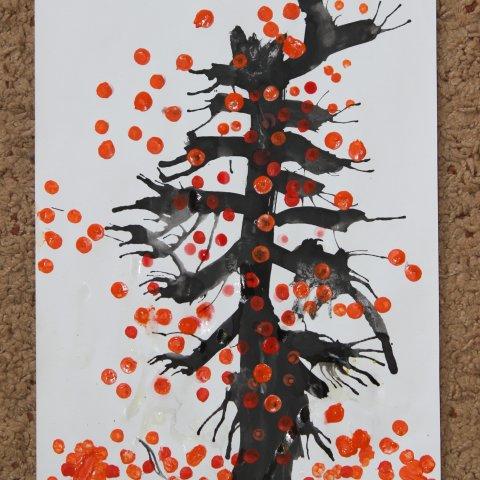 Нарисуйте вместе с малышом осеннее дерево