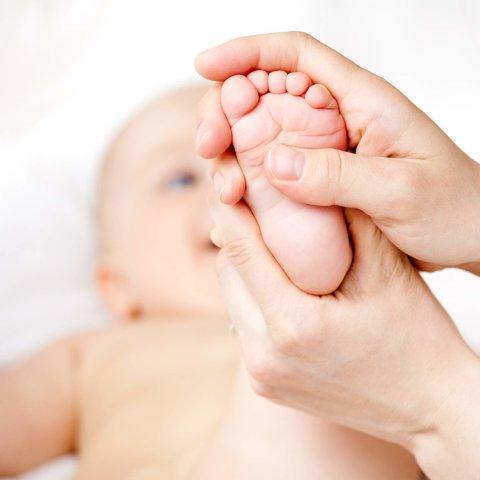 Детский массаж: очевидная польза