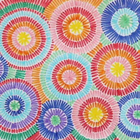 Рисуем салют разноцветными фломастерами