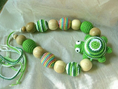 Make bright beads to entertain your baby