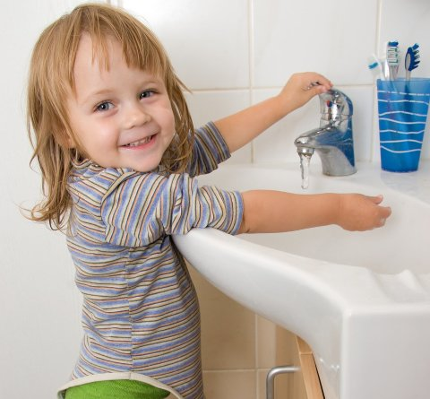 Teach your kid to wash hands