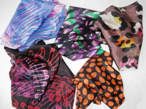 Play with scarves